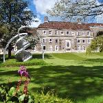 Clare College Memorial Court