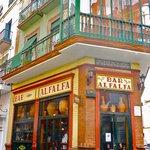 Bar Alfafa, Plaza Alfafa...