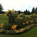 Flowe Garden at Lakewood Shores