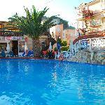 Planos Beach Hotel Foto