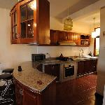 suite: kitchen