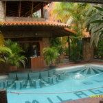 La piscina bar