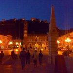 Notte d'estate sulla piazza
