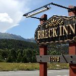 The Breck Inn sign to help you find your way!