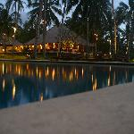 Pool with Seasalt Restaurant behind