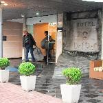 Entrance to Hotel Del Rey