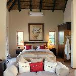 Honeymoon/Luxury Family Suite, No.1