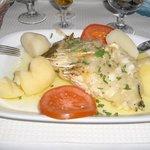 Baccalà arrostito con patate lesse e pomodori (OTTIMO)