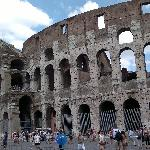 20 mins walk from hotel to Colosseum