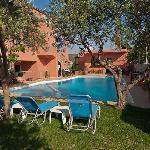 Sundecks & Pool