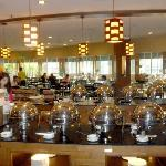 It took me a day to figure out the breakfast buffet. Here's the INSIDE buffet, which is lovely..