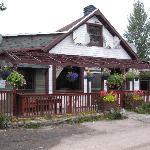 Saloon McCarthy AK