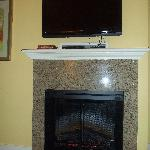 living room fireplace & tv