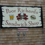 ‪Poor Richard's Sandwich Shop‬