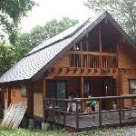 森の中の専用スペースといった感じの素晴らしい環境です。