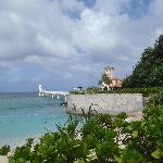 ブセナ岬の先端部。海中展望台があります