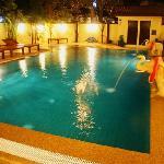 Chan Pool