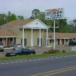 Riverview Inn Motel & Apts