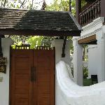 Entrance to 1 room villa