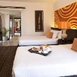Baan Chiang Theme Suite