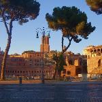 Trajan's Market, Rome - Image of Tiber Limo Rome, Italy