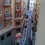 dalla finestra su Calle Sanche de Lara, verso  l'incrocio con Calle Marqués De Larios