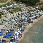 Пляж 10 мин от виллы Василис