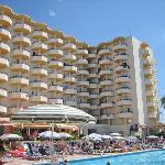 Rear of hotel wuth pool