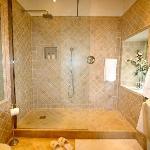 The Francoise Shower Room