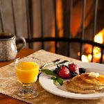 The Inn at Hermannhof - Breakfast - Hermann MO Bed and Breakfast
