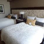 zwei Doppelbetten