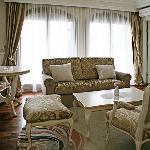 one-bedroom apartment-2