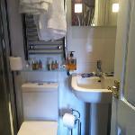 modern bathroom room 5