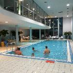 Swimming pool - 43th floor