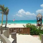 La arena blanca y el mar calentito!!
