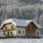 Gîte AlpeLune ligt op 300m afstand van de skilift.