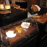 More breads & cheeses