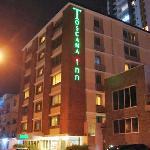 El Hotel desde la calle