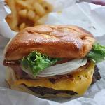 Single bacon Cheeseburger. Look at That Yummy Bun