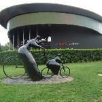 Jardines y esculturas