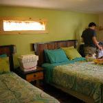 """Notre chambre, aux jolies couleurs pleines de """"peps"""" !"""