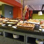 Une partie du buffet petit déjeuner