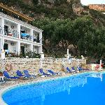 hotel,pool & surrounding hills