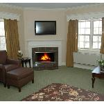 We've recently renovated one of our Queen Fireside rooms.