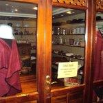 17.-Jujuy-Hotel Termas de Reyes:  shop