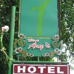 Uithangbord van het hotel