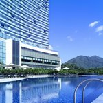 Pool Bar overlooks hotel swimming pool