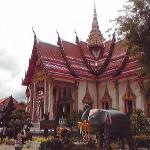 寺院の本堂。