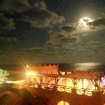 bar de la plage au soir vue de la chambre