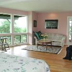 Pink room sitting area